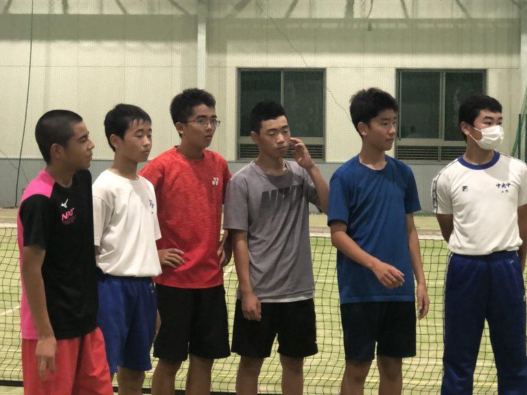 テニスの夜練習